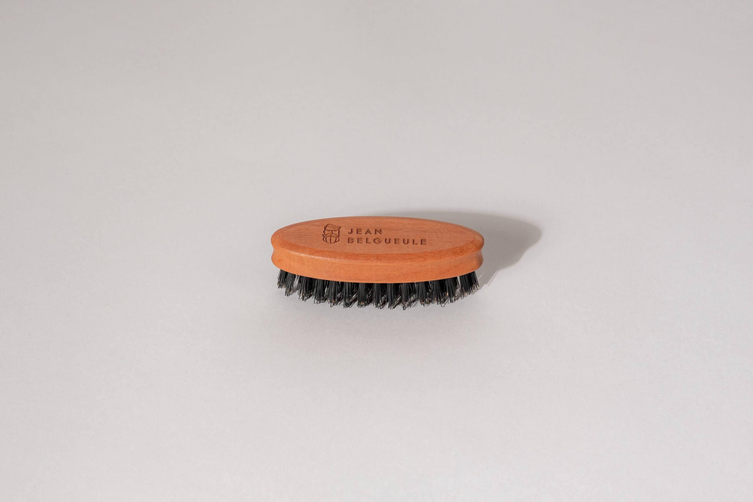 Brosse à barbe en poils de sanglier 4